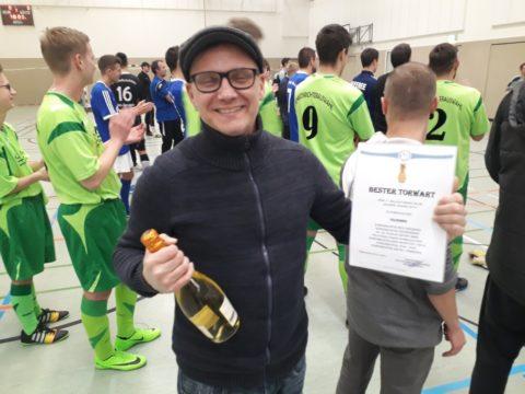 """Fußball-Hallenturnier um die """"Goldene Ananas"""""""