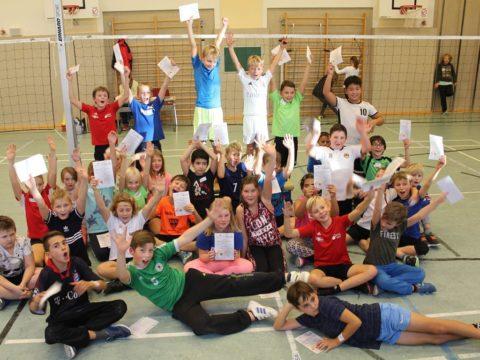 Ball-über-die-Schnur-Turnier der Grundschule Schmalkalden (4. Klasse)